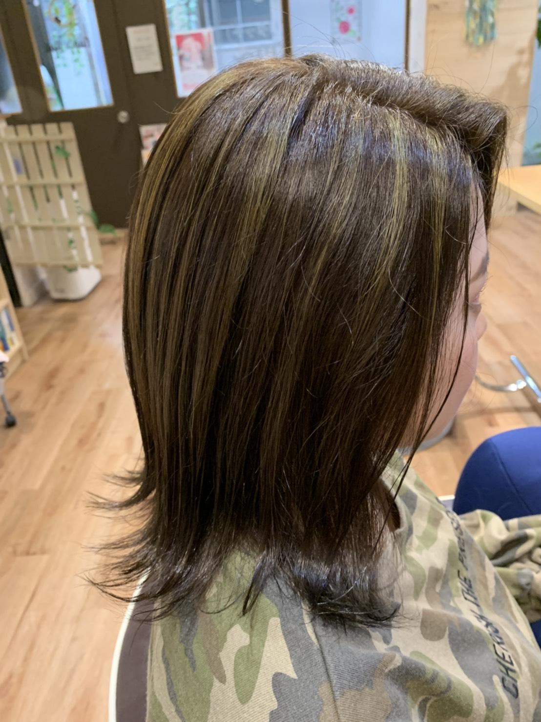 S  31023119 - Hair Gallery