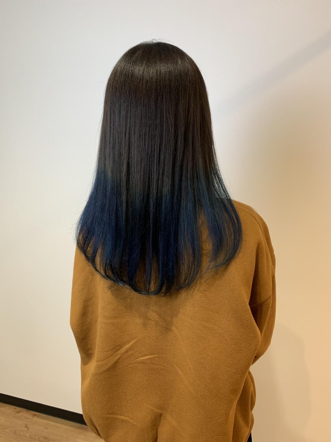 S  31023122 - Hair Gallery